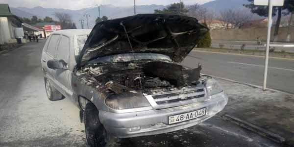 Oğuzda təhsil şöbəsinin avtomobili yandı - Foto