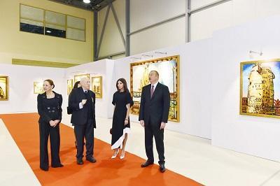 Ильхам Алиев на выставке в связи с юбилеем Таира Салахова
