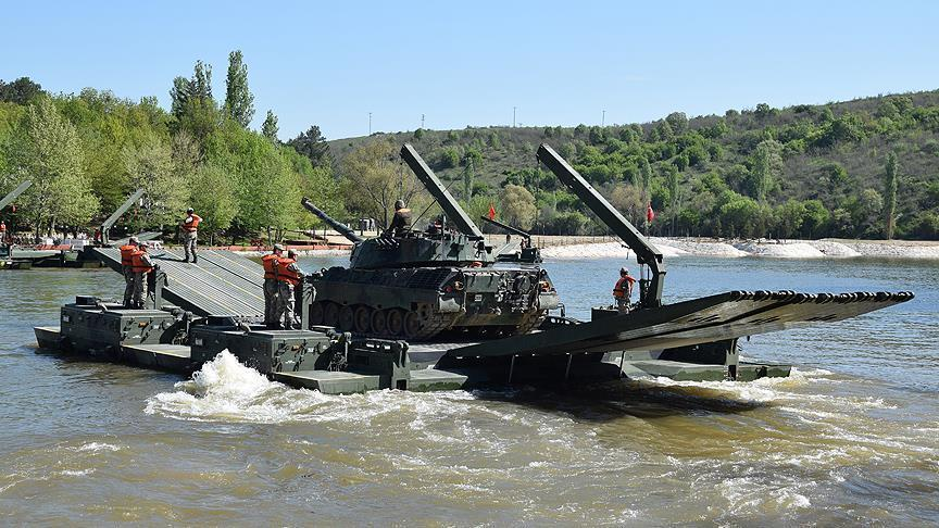 Турция готовится к экспорту мостоукладчика «Samur»