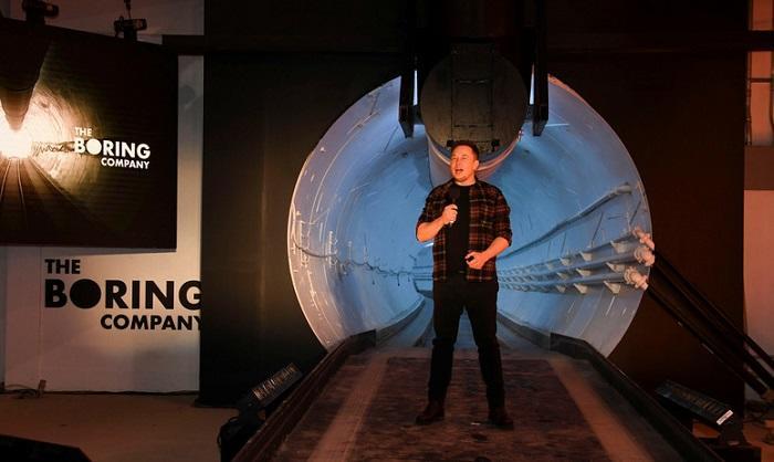 Маск открыл скоростной тоннель под Лос-Анджелесом