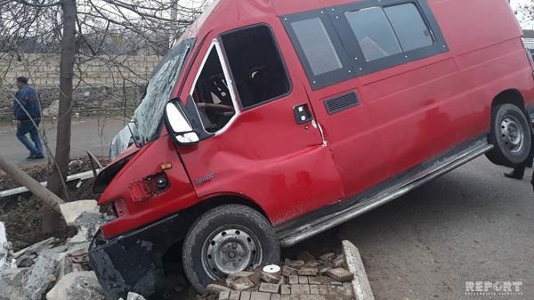 ДТП с микроавтобусом в Гаджигабуле, 8 раненых