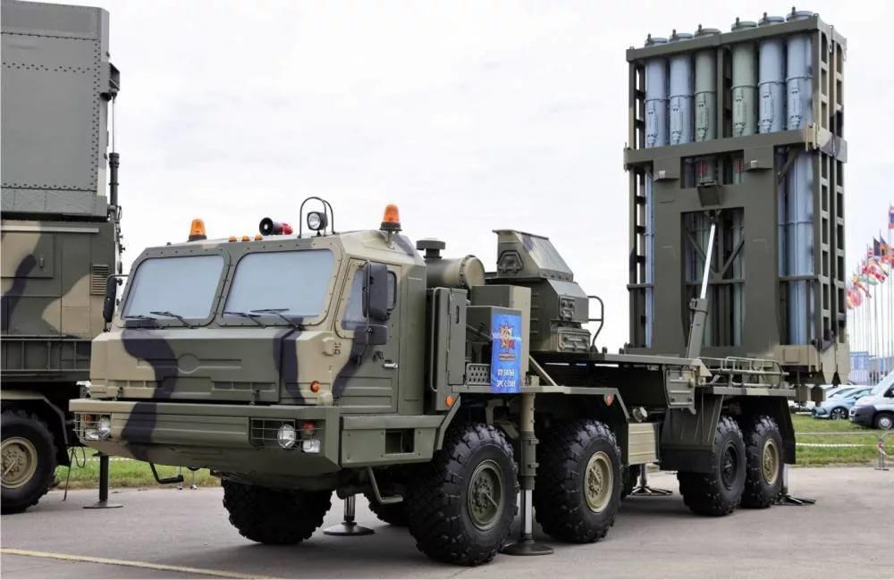 Rusiya arsenalını daha da gücləndirdi: Raket sistemləri...