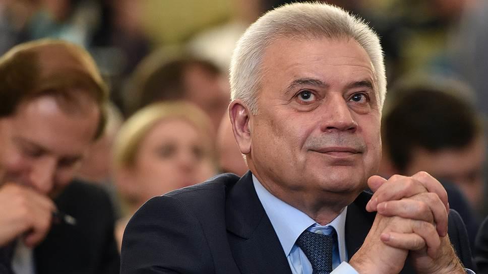 Вагит Алекперов в тройке самых богатых бизнесменов