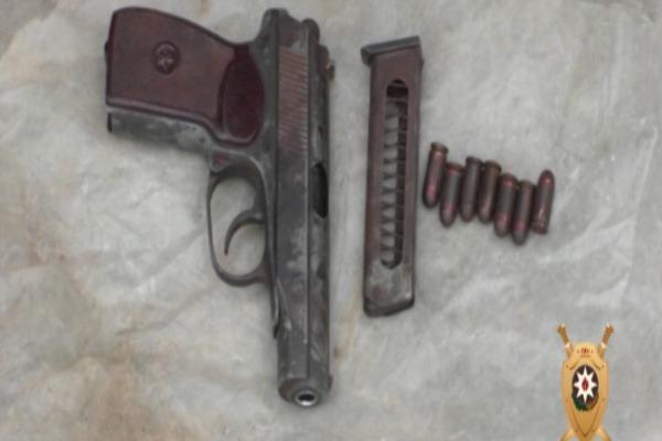 Silahlı şəxs saxlanıldı-