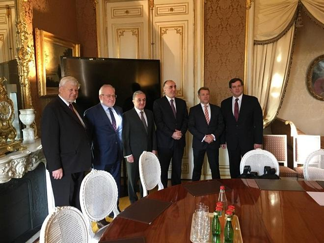 В Париже обсуждается Карабах - Обновлено