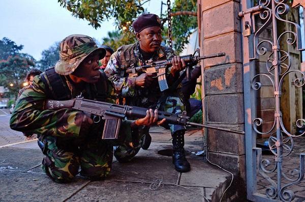 В Найроби погибло 15 человек во время атаки джихадистов