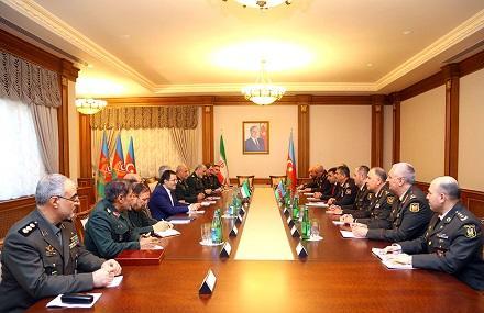 İran və Azərbaycan generalları görüşdü - Video