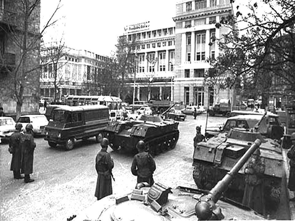 20 yanvar xatirəsi: Fotoaparatı Sovet əsgərinə tuşlayanda...
