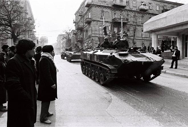 """Bakıdan SSRİ-yə """"yardım"""" xahişini kim etmişdi?"""