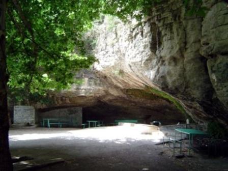 Yaponlar Damcılı mağarasında tədqiqat aparacaq