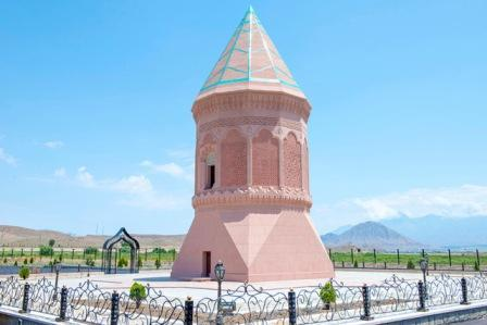 آذربایجان معمارلیغینین  اینجیسی – گلستان توربهسی