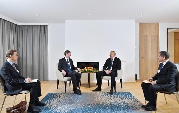 President Ilham Aliyev met with Visa president in Davos
