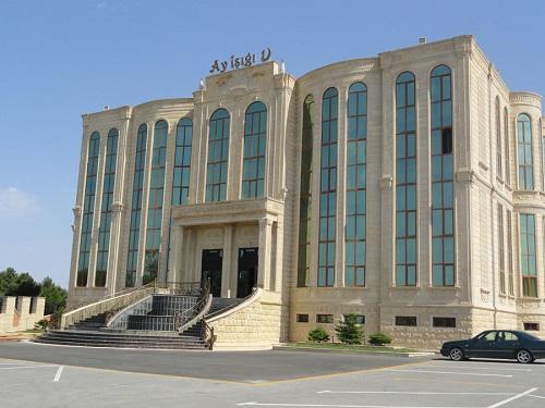 Bakının məşhur şadlıq evi satılır - 7 milyona