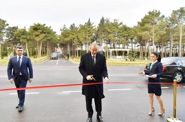 İlham Əliyev yeni kompleksin açılışında - Foto