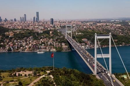 İstanbul körpüsü bayrağımızın rəngləri ilə işıqlandırılacaq