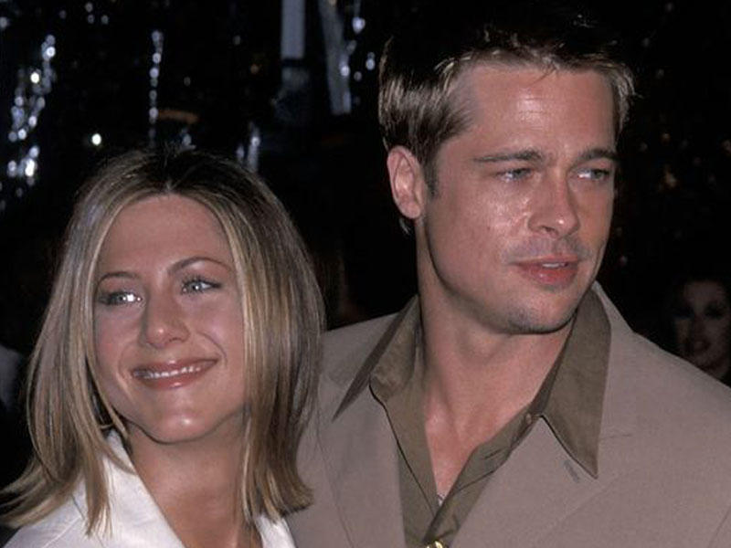 Brad Pitt and Jennifer Aniston melt fans' hearts