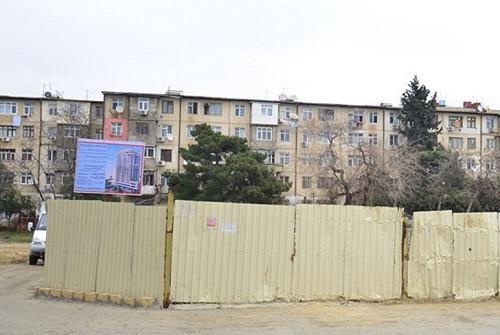 """""""Xoşbəxtlik"""" üzərində tikilən binaya etirazın səbəbi - Foto"""