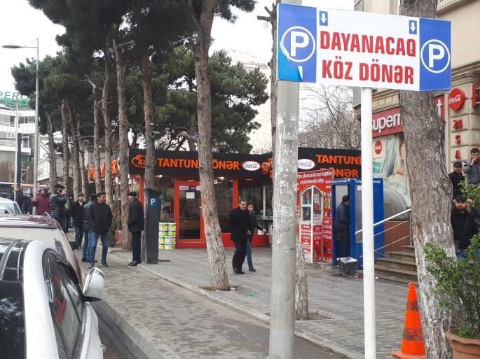 Bakıda qəribə parklama: köz dönər - Foto