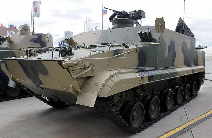 Начались ходовые испытания бронетранспортера БТ-3Ф