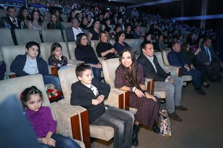 Leyla Aliyeva and her children at the festival -