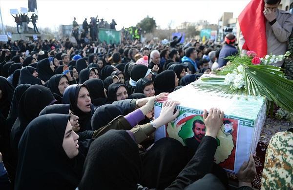 ایران اوردوسو ۳ موسلمان اؤلکهسینه قارشی انتیقام آندی ایچدی - فوتو