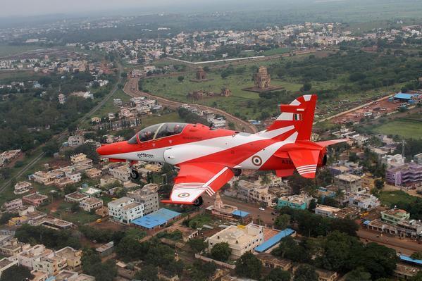 В Индии столкнулись два самолета