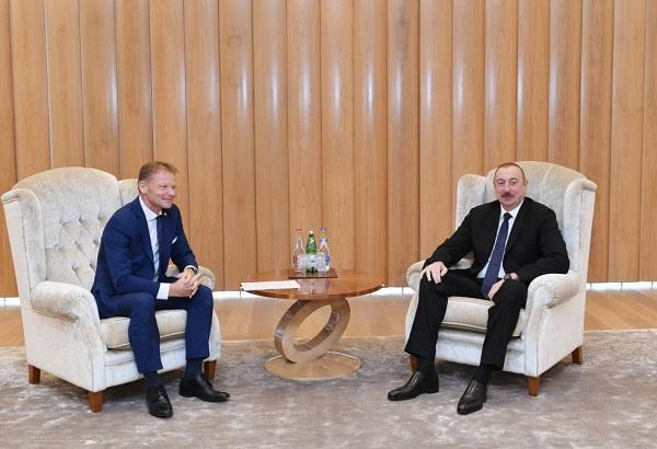 İlham Əliyev AİB-nin vitse-prezidenti ilə görüşdü