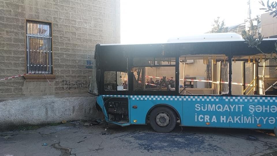 Sumqayıtdakı dəhşətli avtobus qəzasının - Anbaan videosu
