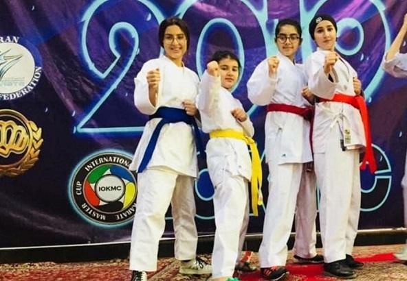 İranda bayrağımızın davasını edən 11 yaşlı çempion danışdı - Video