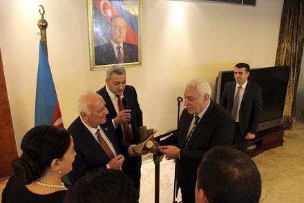 Misirdə AMEA-nın nəşrlərinin təqdimatı oldu - Foto