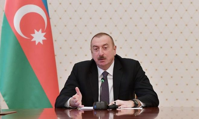 Ilham Aliyev congratulates his Pakistani counterpart