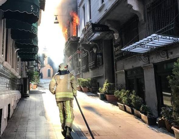 Ukraynada dəhşətli yanğın: 9 nəfər öldü