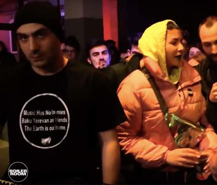 """Erməni dicey: """"Bakı və İrəvan dostdur!"""" – Foto"""