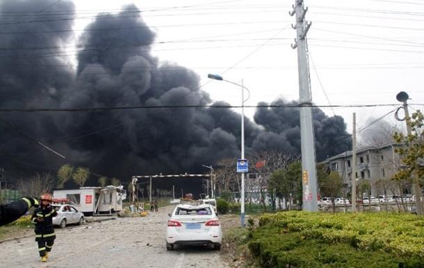 Сильный взрыв на химзаводе в Китае: 47 жертв - Обновлено