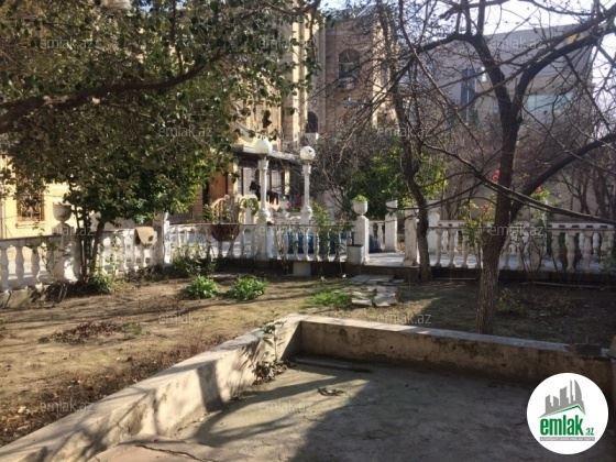 """""""Gənclik""""də villa 2,7 milyona satışa çıxarıldı – Foto"""