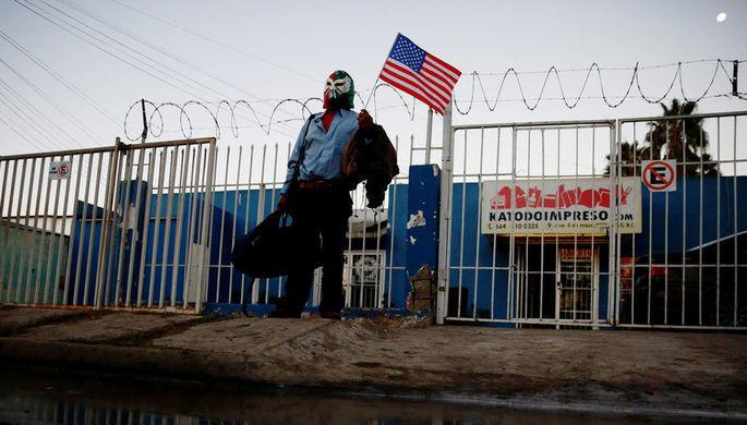 На США надвигается огромный караван мигрантов