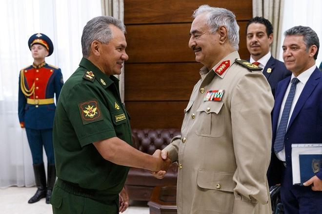 Шойгу обсудил с Хафтаром обстановку в Ливии