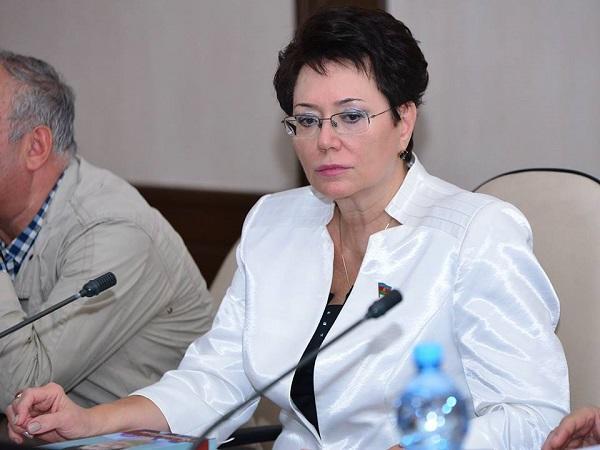 Эльмира Ахундова простила оклеветавшего ее журналиста