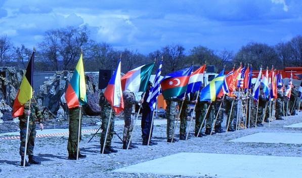 Hərbçilərimiz NATO-nun təlimində - Foto
