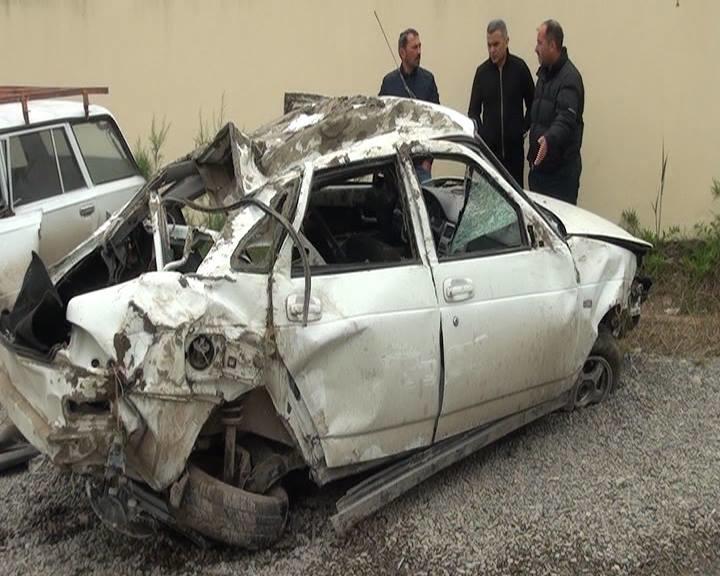 Azərbaycanda şöbə müdiri yol qəzasında öldü