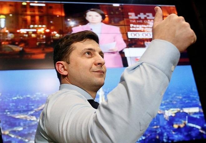 Zelenski rusdilli ukraynalıları təmsil edir, amma... - Apelt