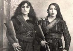 Erməni qızların şok fotosu – Rusiya arxivindən