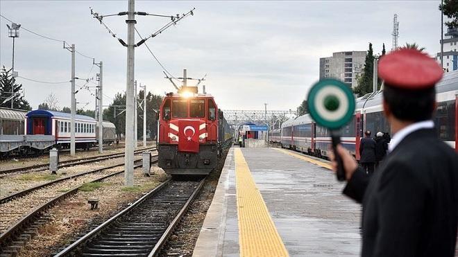 Баку и Анкара будут производить вагоны для БТК