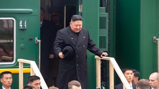 Ким впервые дал интервью российскому журналисту