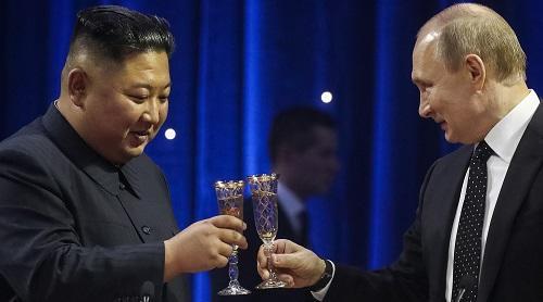 Ким Чен Ына тронуло, что Путин заговорил о его отце