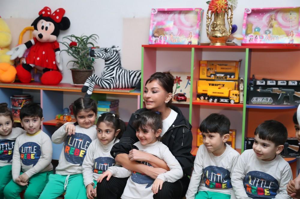 Мехрибан Алиева посетила детские социальные объекты