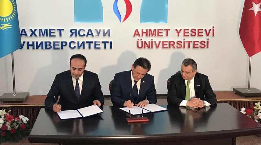 ADU Yəsəvi Universiteti ilə memorandum imzaladı – Foto