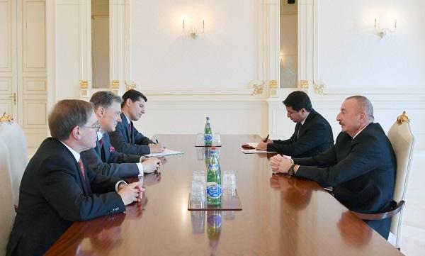 İlham Əliyev Dövlət Departamentinin rəsmisi ilə görüşdü