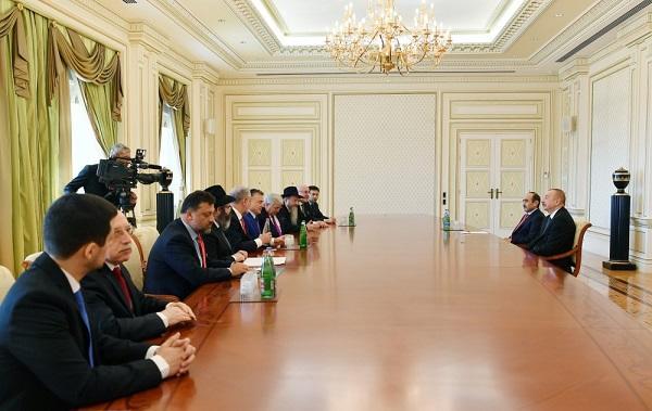 İlham Əliyev AYK prezidenti ilə görüşdü