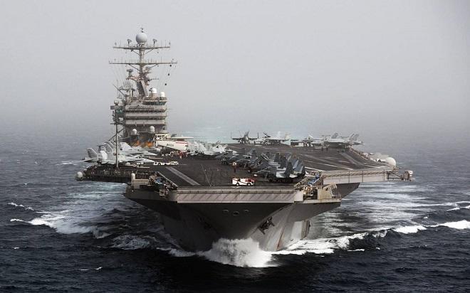 Авианосец ВМС США пересек Ормузский пролив